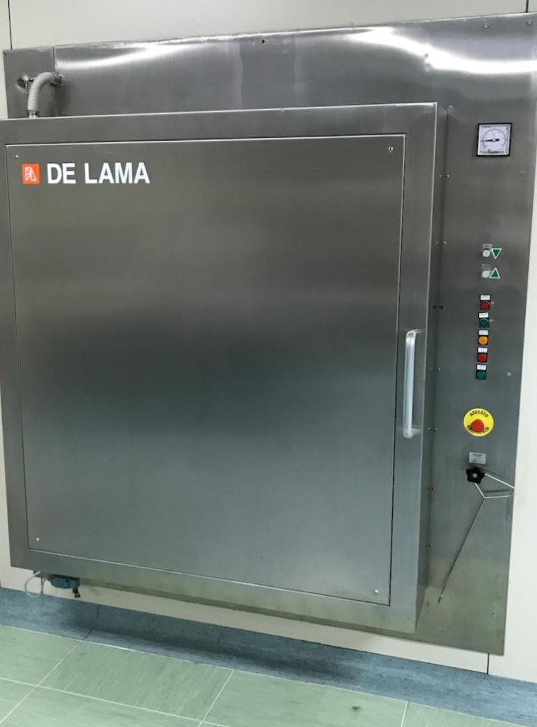 // DeLama //